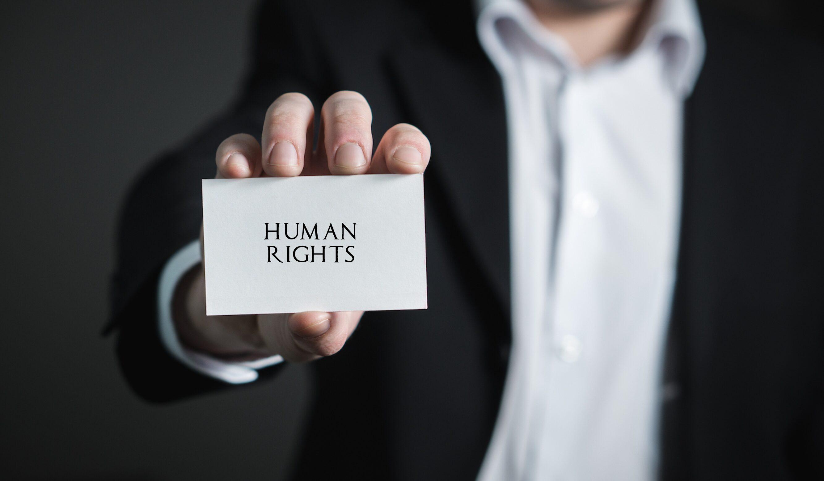 Miksi yritysten kannattaa kiinnostua ihmisoikeuksista?